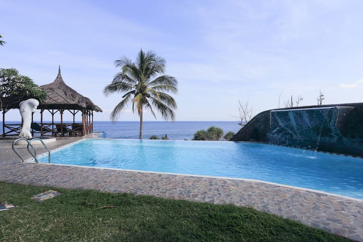 Bungalow with terrace and pool - Kecamatan Karangasem - Pousada