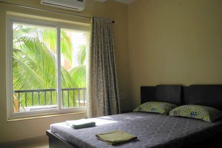 Cozy Apartment near Baga