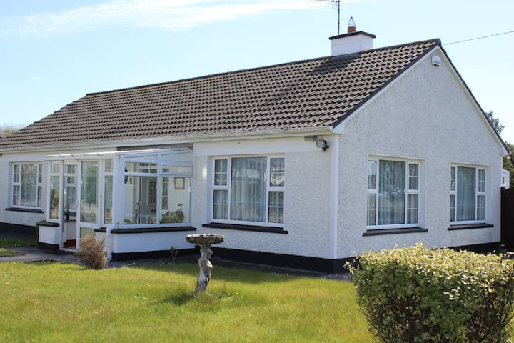 3 bedroom home with large garden -   Miltown Malbay - Casa