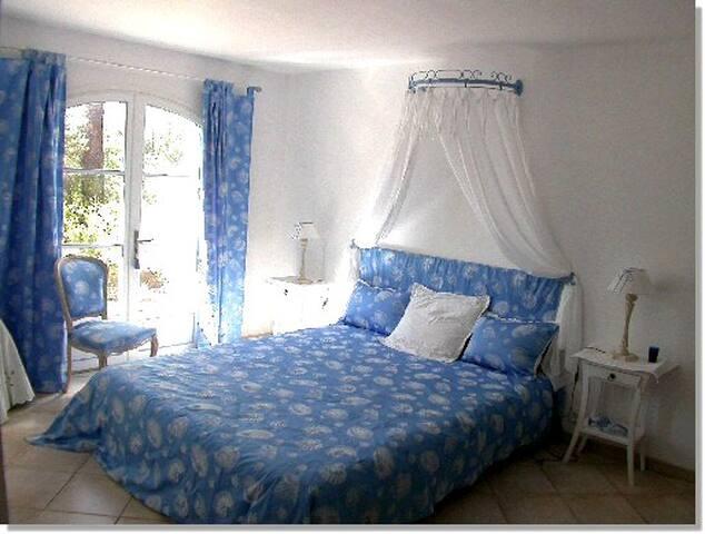 L Olivier de Guymatt - Sillans-la-Cascade - Bed & Breakfast