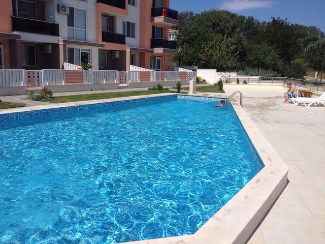 Студия на курорте в Болгарии - Byala - Pis