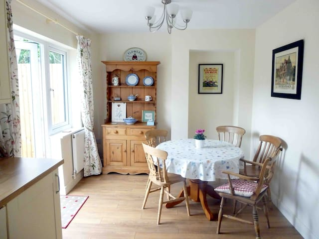 Moorhen Cottage, town centre & parking - Stratford-upon-Avon - Ev