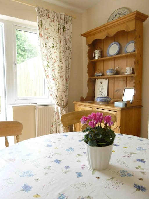 Moorhen Cottage Dining Table and Dresser