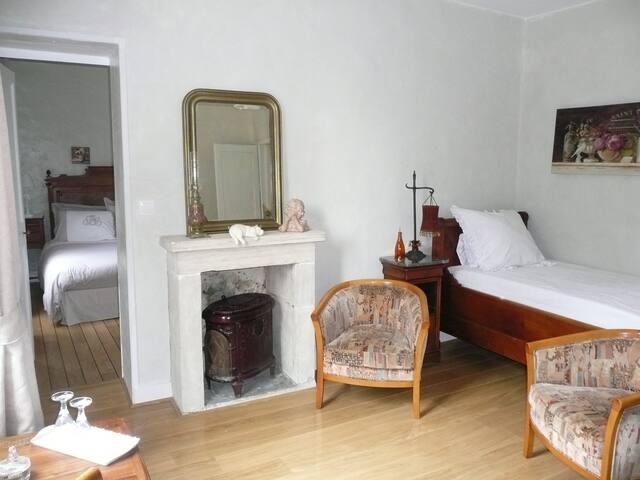 Salon à l'étage avec lit supplémentaire (90x180)