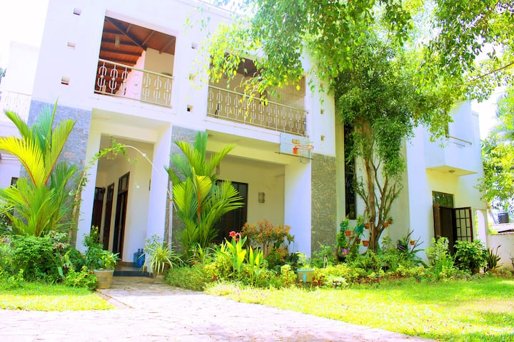 Cozy Residences