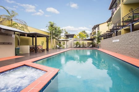 Top 20 des locations de vacances south brisbane for Qut garden pool