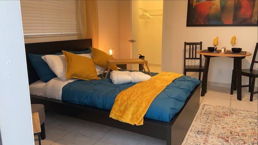Luxury Suite-Entire Private Suite