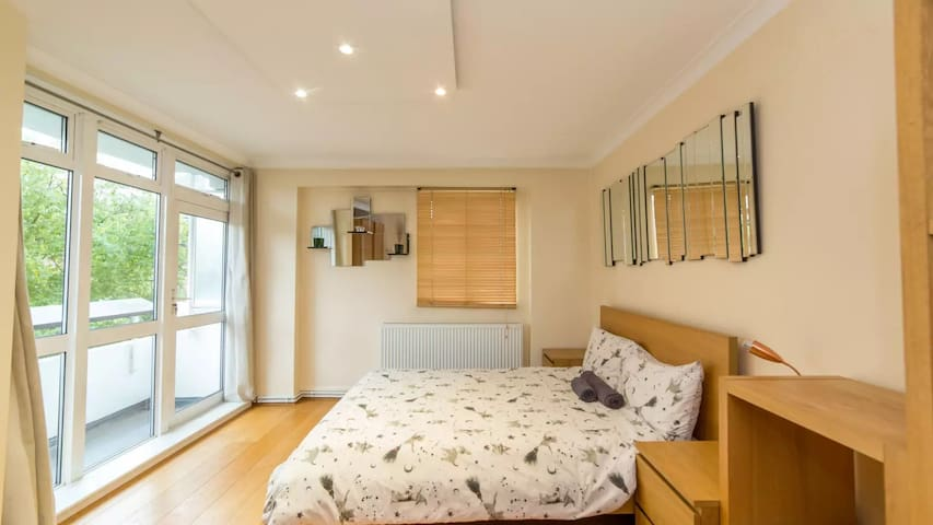 OLD STREET-AVAILABLE NOW-LONG STAY 40% OFF