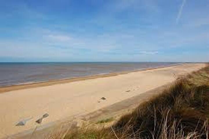 Beach Side Burgundy Rental