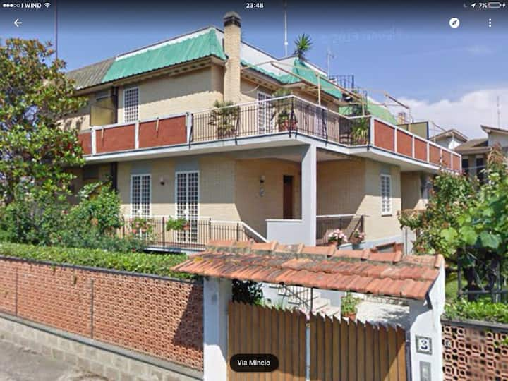 Villa Pirgy - the seaside a few steps from Rome