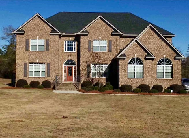 Traditional 5 bedroom 5 bath home - Hephzibah - Casa