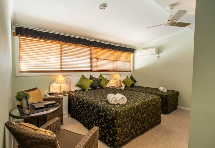 Top floor Standard Queen room with extra bed.