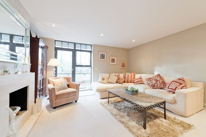 Boutique duplex apartment - Bray - Apartment