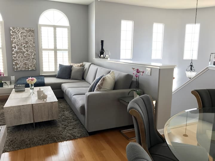 Master bedroom in Silicon Valley