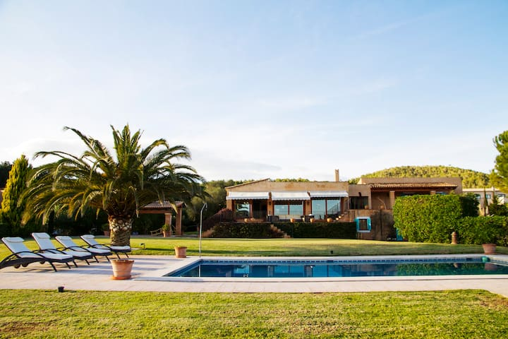 Finca with pool and garden in Son Servera - Illes Balears - Villa