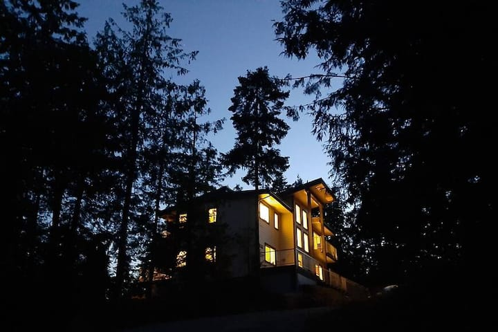 Majestic clifftop villa