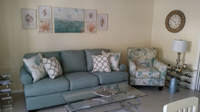 Come to the Sea and Stay on the Key! - Siesta Key - Condominium
