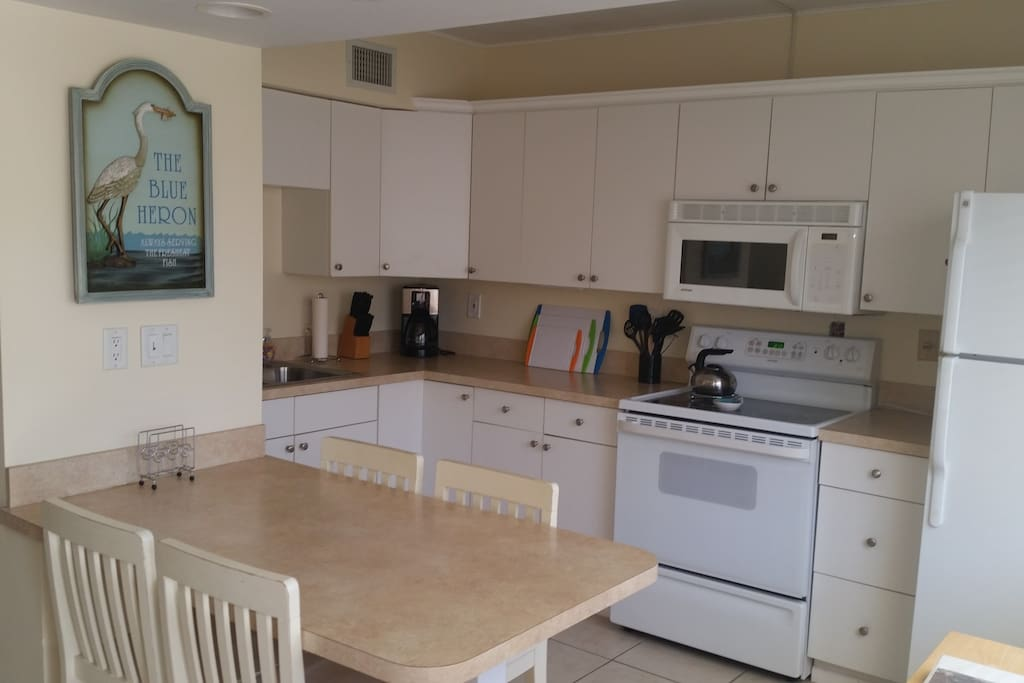 Enjoy the fully equipped kitchen.