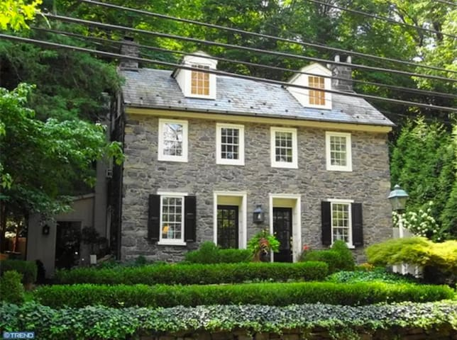 HISTORIC BUCKS COUNTY STONE HOME - New Hope - Casa