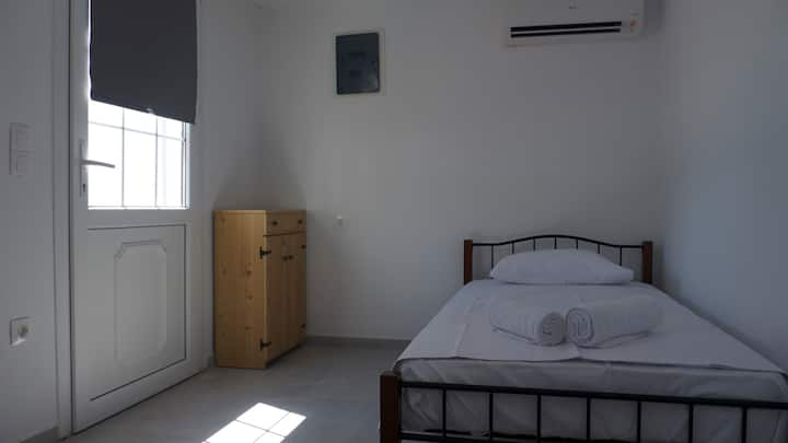 Small studio in Mykonos Town