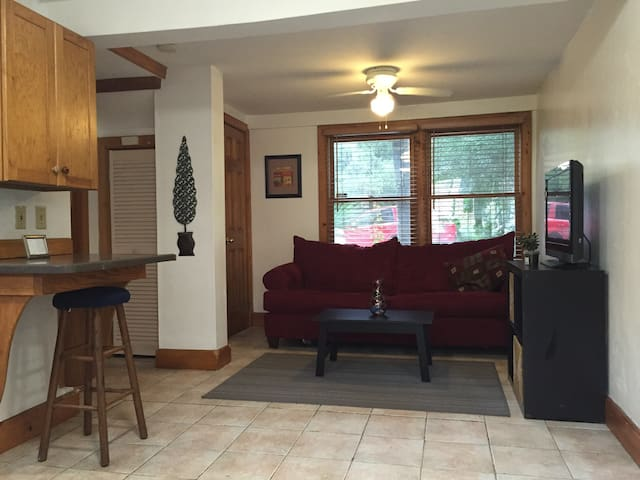 Belong Downtown 1br 1ba