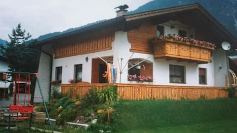 Huone Tirolissa
