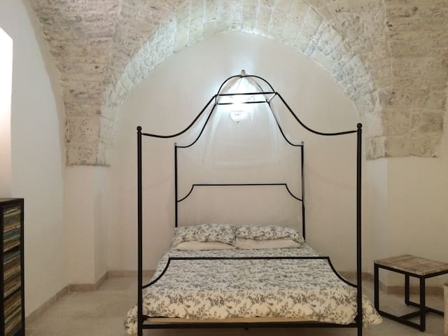 Ostuni - Within 3 minutes of the central piazza..