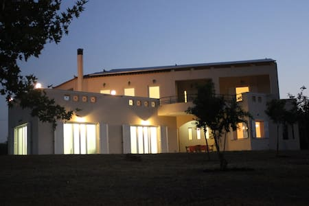 5 Bedroom villa with sea view - Elia Molai
