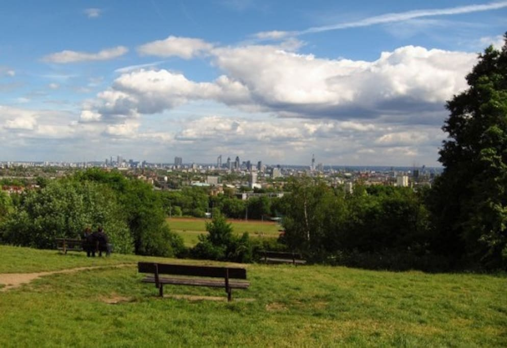 Flat is within walking distance of Hampstead Heath