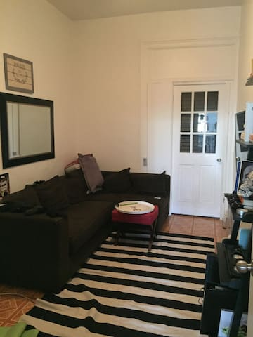 Prime Bushwick Apartment - Brooklyn - Apartment
