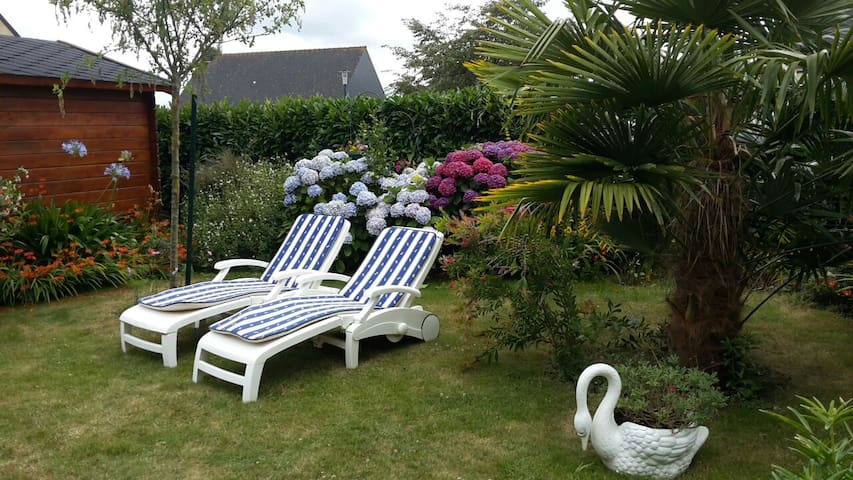 Chambre privée proche St Malo -Dinard -Dinan - Pleurtuit - Dom