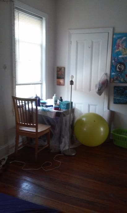 A nice sunny spot to do some work! Enjoy the yoga ball and yoga mats!