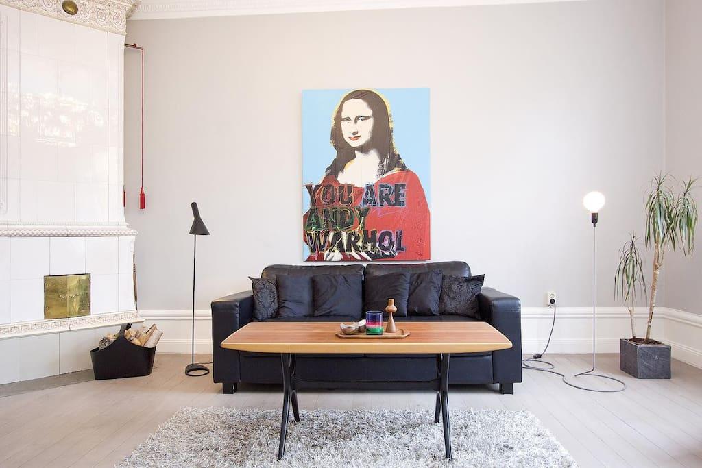 Livingroom sofa and sofa table