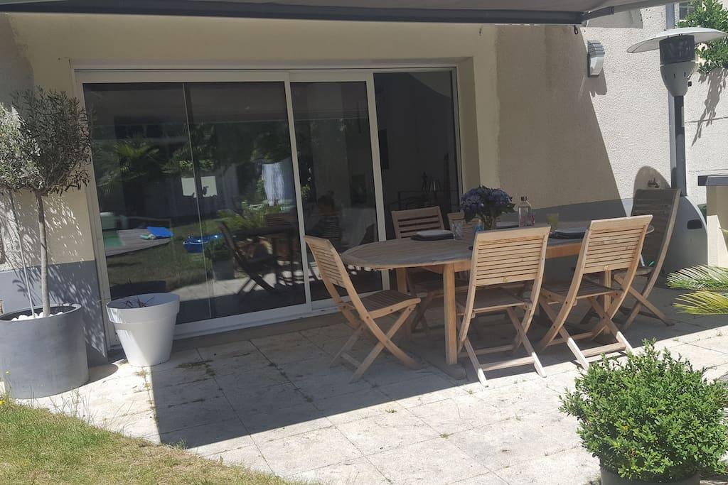maison proche gare et centre au calme avec jardin maisons louer rennes bretagne france. Black Bedroom Furniture Sets. Home Design Ideas