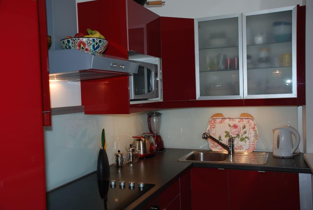 My red kitchen:-)