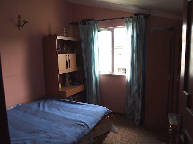 chambre double 3 (petite chambre)