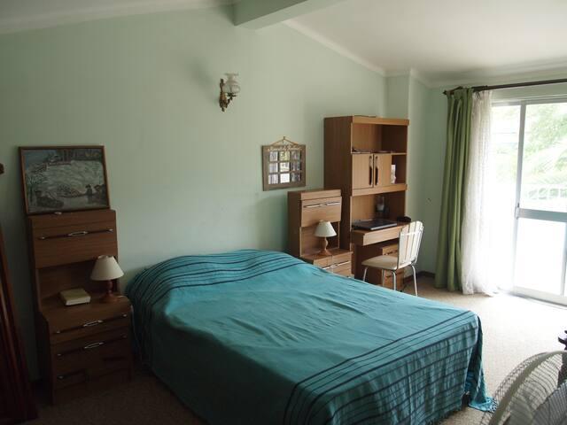 chambre double 4 donnant sur terrasse