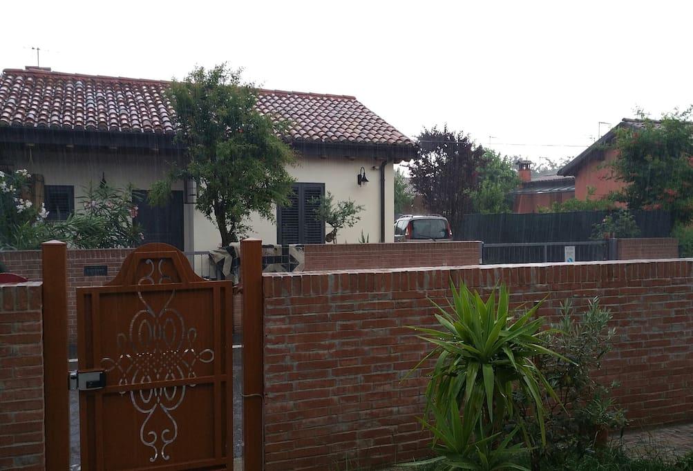 Casa indipendente con giardino case in affitto a bologna - Casa con giardino milano ...