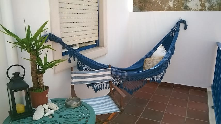 Cosy Double Room in historic centre - Ericeira - Huis