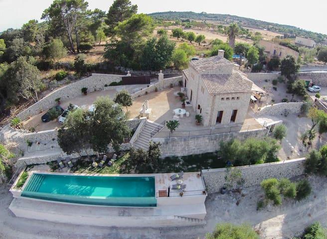Casa rural con piscina infinita SSE - Lloret de Vistalegre - Maison
