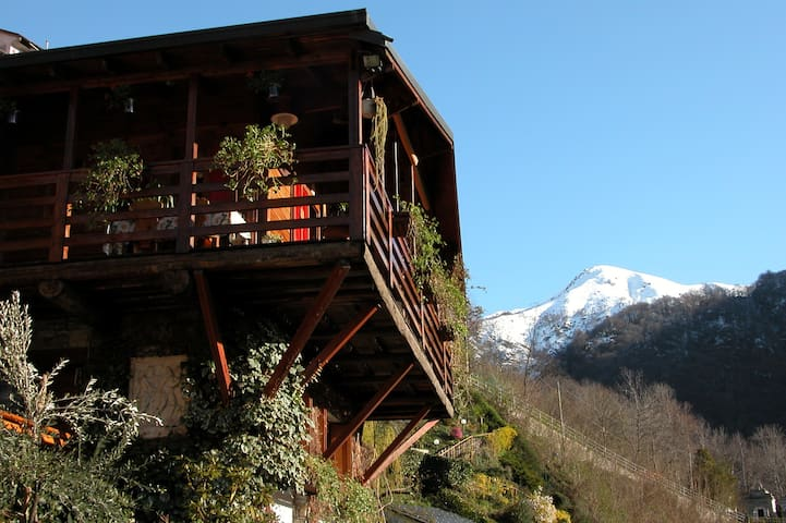 Chalet sul lago d'Orta - Chesio - Zomerhuis/Cottage
