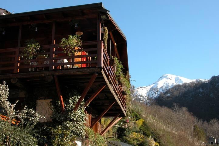 Chalet sul lago d'Orta - Chesio - Blockhütte
