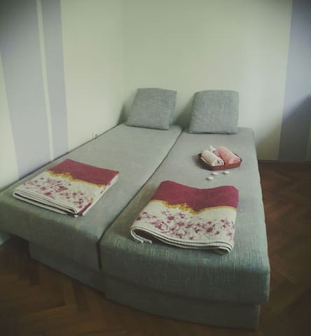 Private Room in a Strategic Area - Skopje/Gorce Petrov - Ev
