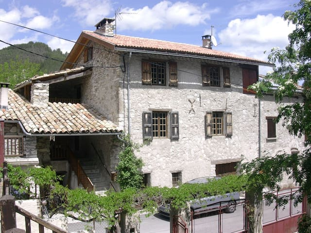Maison de Château-Garnier - Thorame-Basse - House