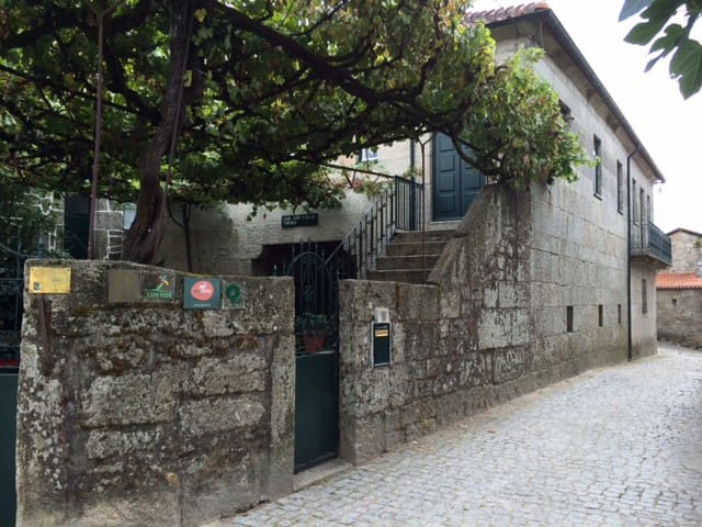 Casa João Fidalgo- 3 of 4 Bedrooms - Soajo - Bed & Breakfast
