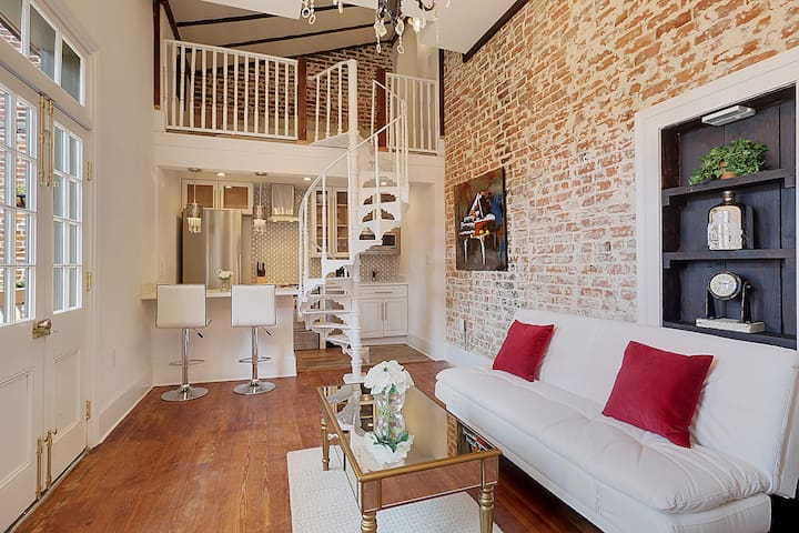 French Quarter Luxury Condo - New Orleans