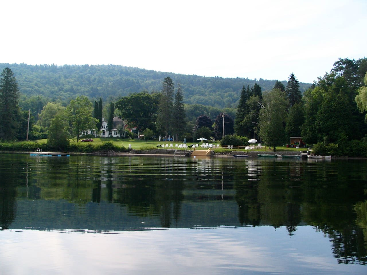 Loch Lyme Lodge waterfront from Post Pond