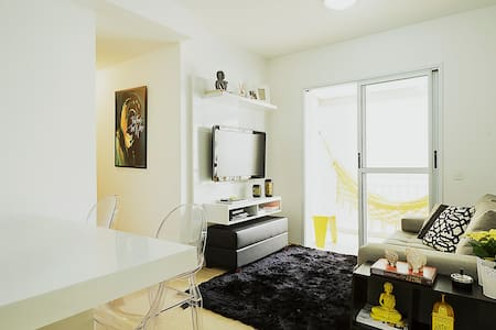 Brand new central area apartment