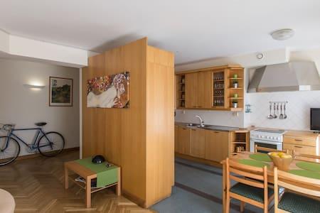 Nevsky art apartment