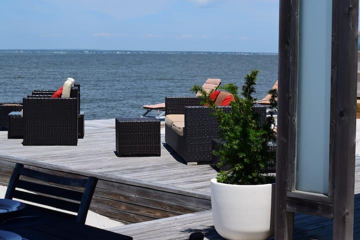 Luxury Bayfront Bauhaus - Cherry Grove - Cherry Grove - Casa